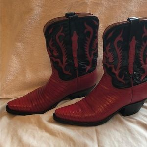 Lucchese mid calf cowboy boots